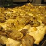 Recipe 14.1: Mushroom Swiss Pizza